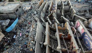Ataques entre Israel e a faixa de Gaza matam mais de 30 pessoas